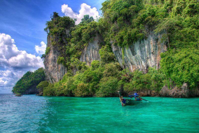 Лодка на Андаманских островах