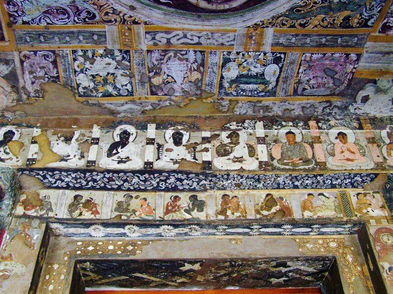 Фрески в пещере Аджанты