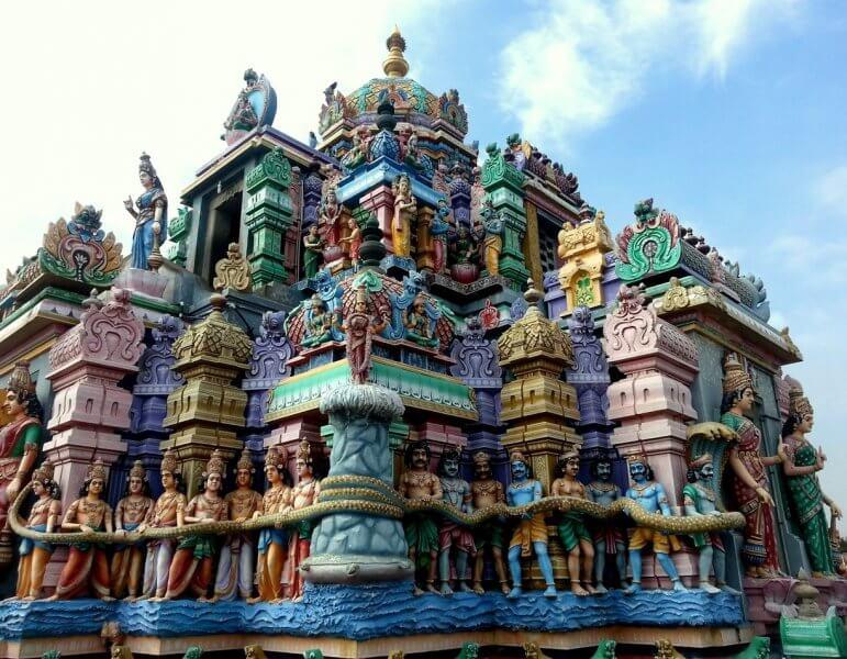 Дравидский храм Капалишварар