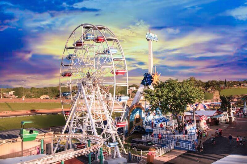 Вид на парк развлечений Wonderla Amusement Park