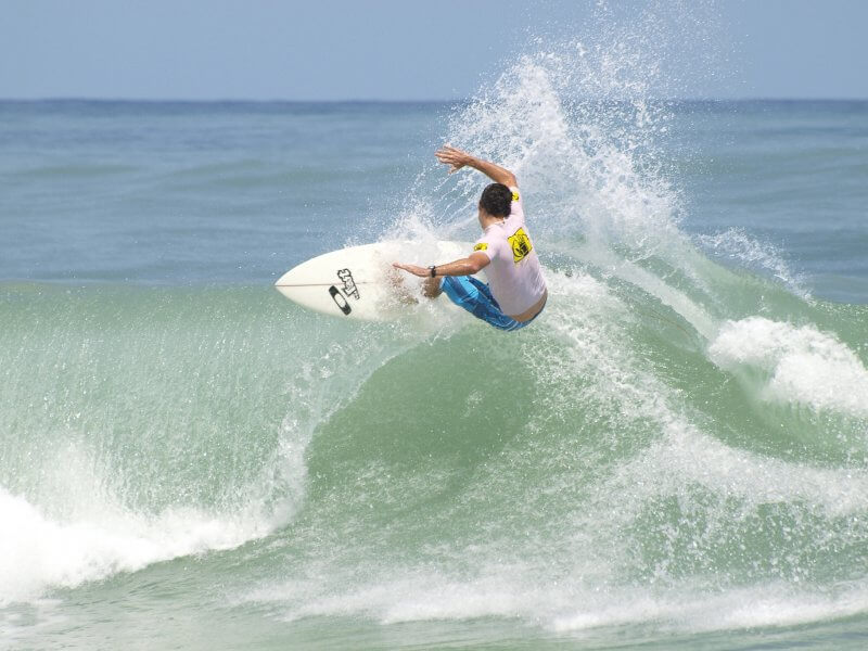 Серфинг в Хуан-Долио