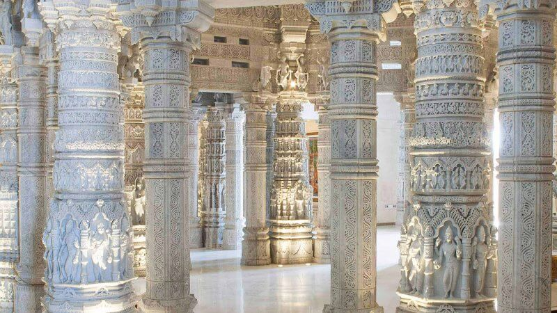 Мраморный зал в храме Акшардхам