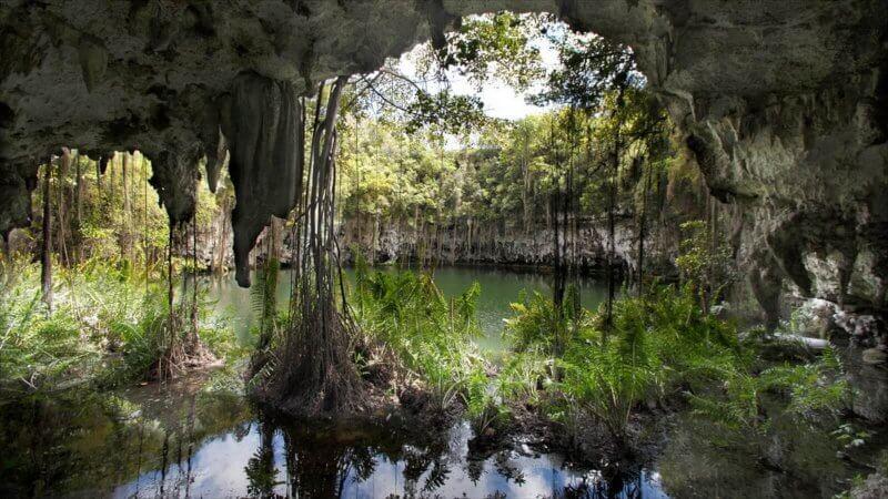 Пещера «Три глаза» в Хуан-Долио