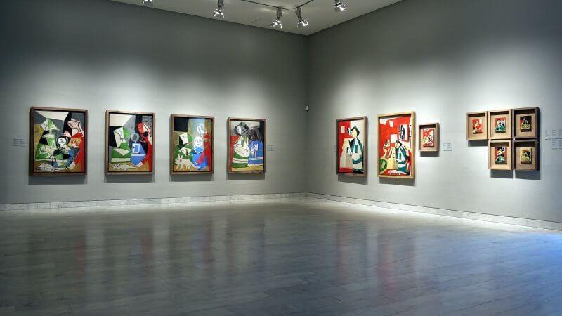 Картины в музее Пикассо