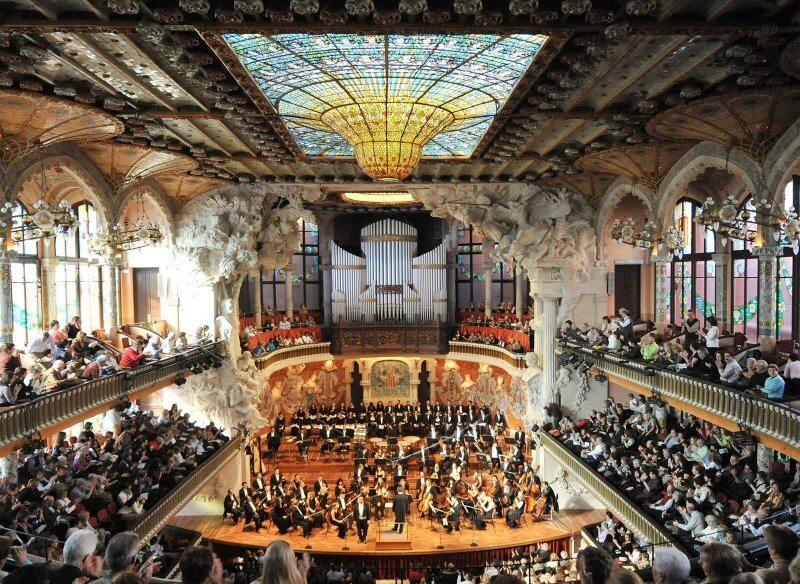 Концерт во дворце каталонской музыки