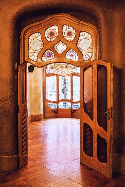Дверь в доме Бальо
