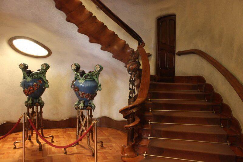 Холл в доме Бальо