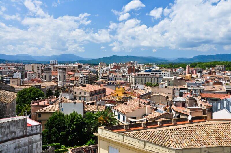 Вид на город Фигерас