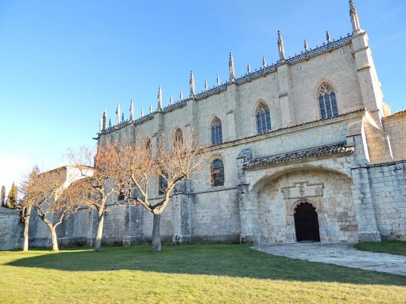 Картезианский монастырь Мирафлорес