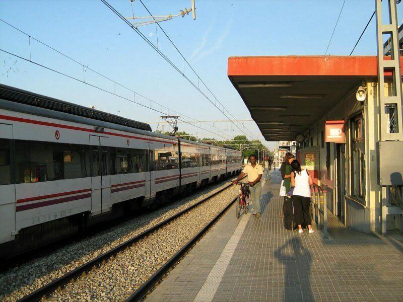 Железнодорожная станция в Калелье