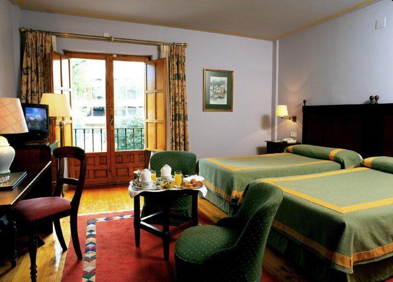 Отель в Хихоне