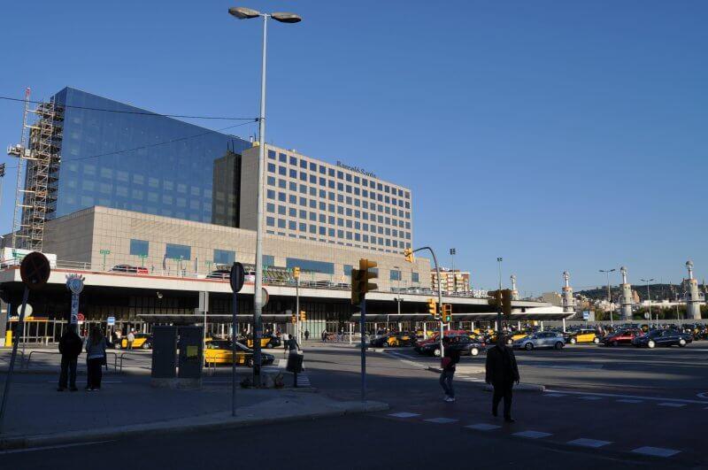 Железнодорожный вокзал в Барселоне