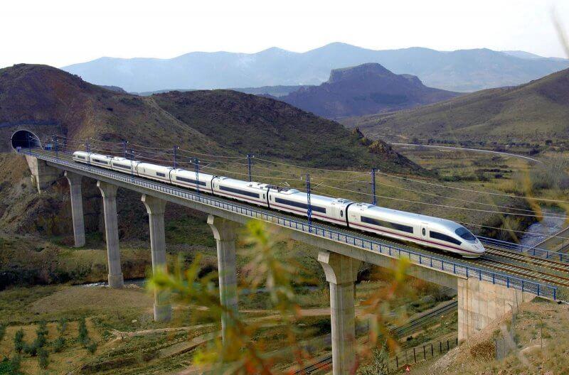 Региональный поезд «Барселона-Бланес»