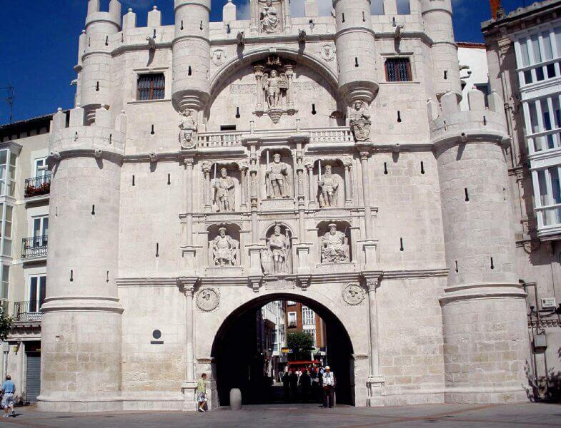 Ворота Санта-Марии