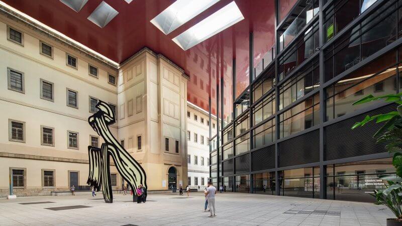 Скульптура в центре искусств