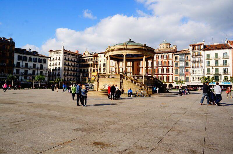 Центральная площадь Кастильо