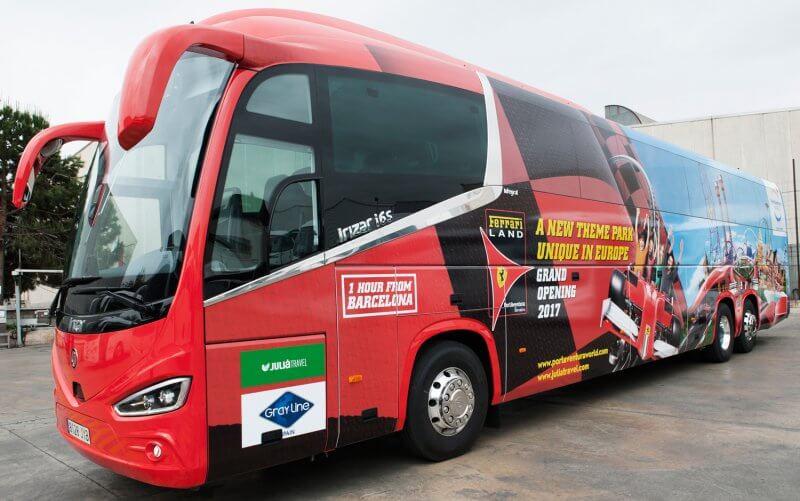 Автобус в Феррари парк