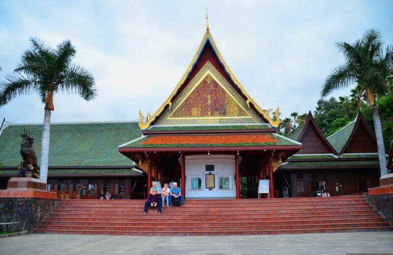 Тайская деревня в Лоро парке