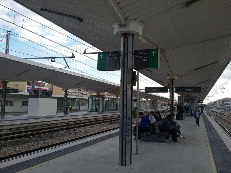 Железнодорожная станция Жироны