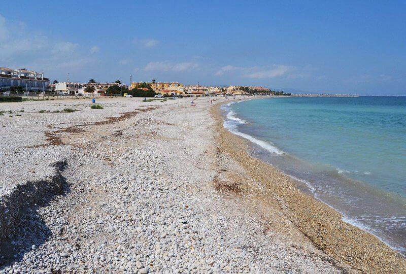 Пляж Л'Альмадрава