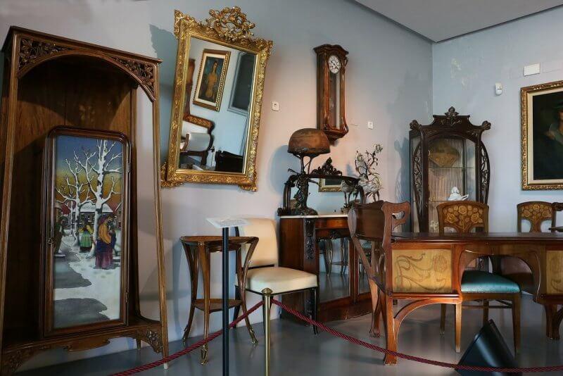 Музей Модерна и Арт-деко внутри