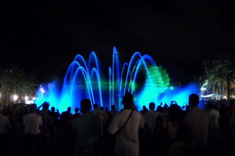 Шоу «Танцующий фонтан»