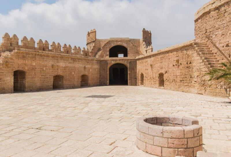 Крепость Алькасаба внутри