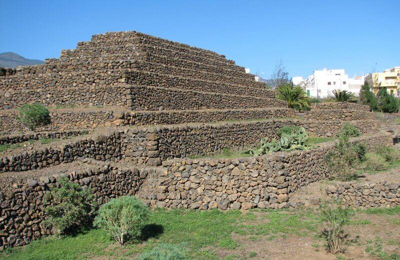 Пирамиды Гуимар из камней