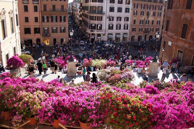 Вид на весеннюю Италию