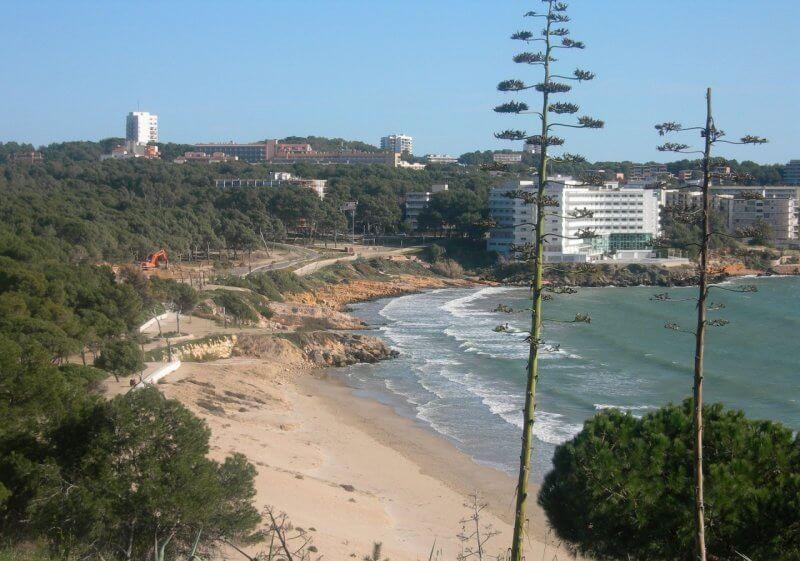 Пляж Лларга