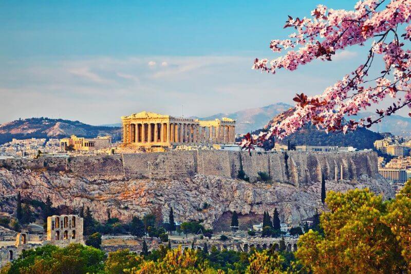 Вид на весенние Афины