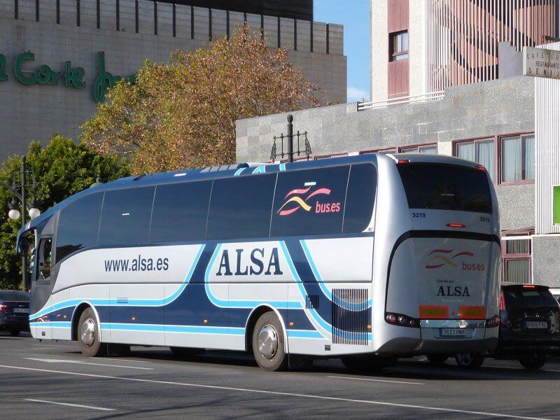 Автобус Alsa в Толедо