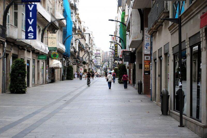 Королевская улица в городе Виго