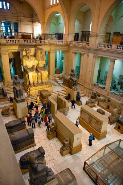 Главный зал Каирского музея,