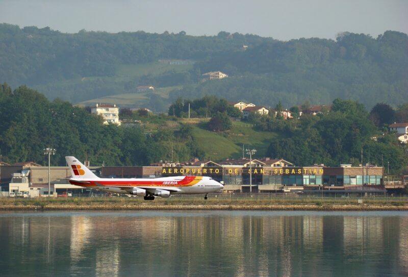 Аэропорт Сан-Себастьяна