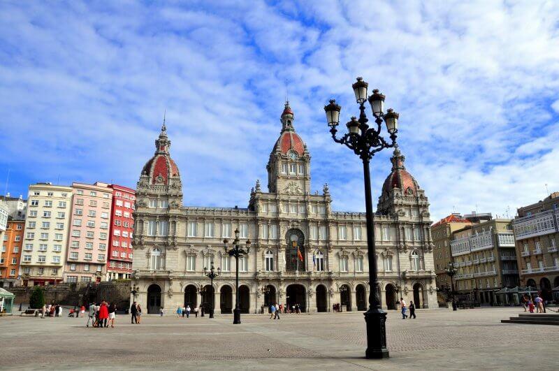 Площадь Марии Пита