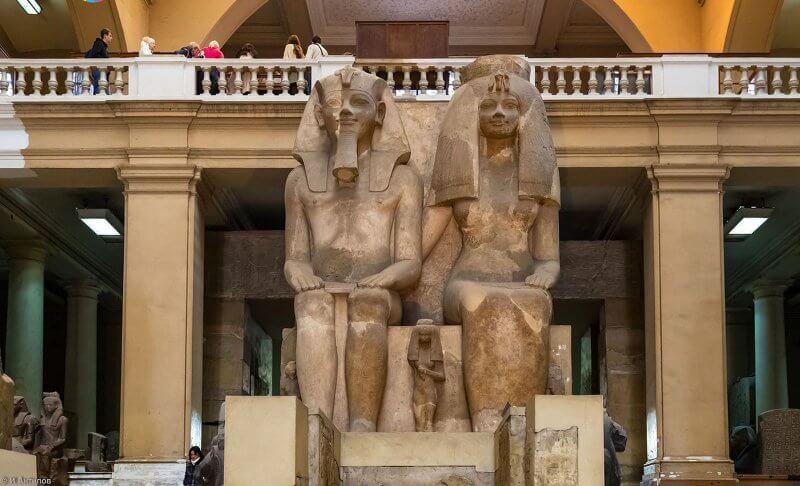 Статуя в Каирском музее