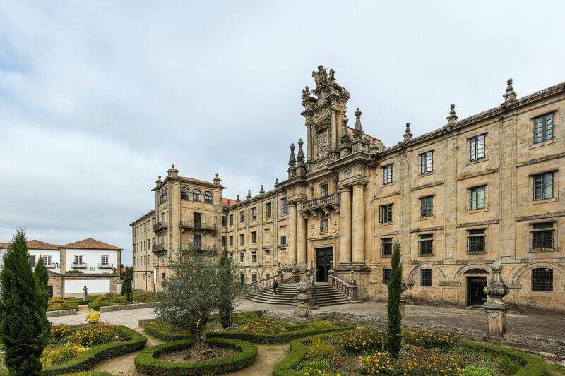 Монастырь Сан Мартин Пинарио