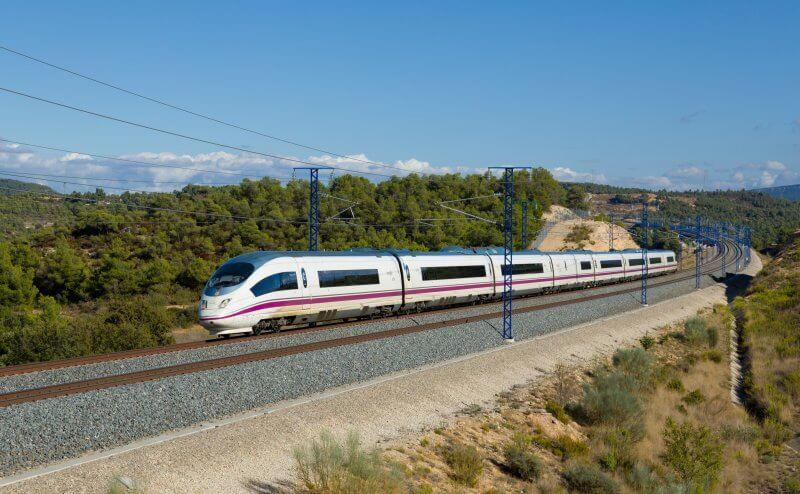 Поезд в Каталонии