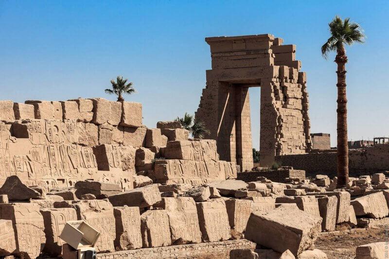 Древнеегипетский храм в Карнаке