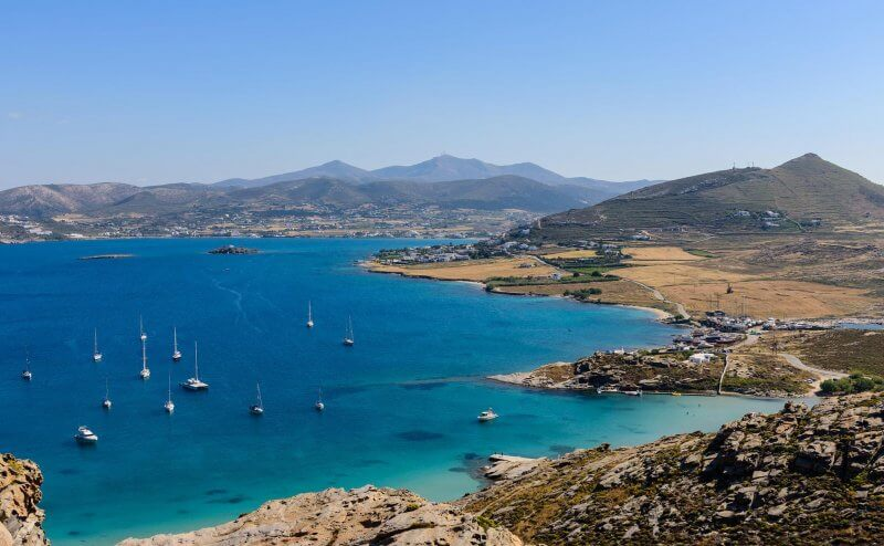 Вид сверху на остров Парос