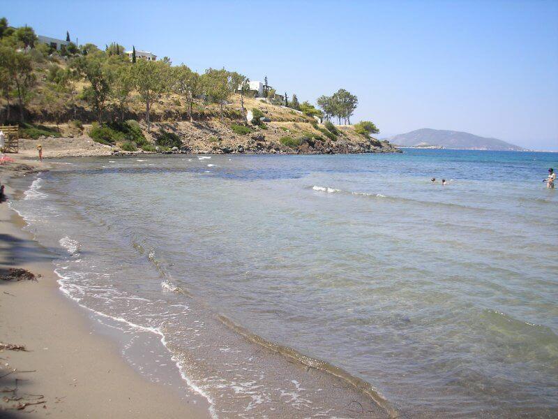 Пляж Маратонас