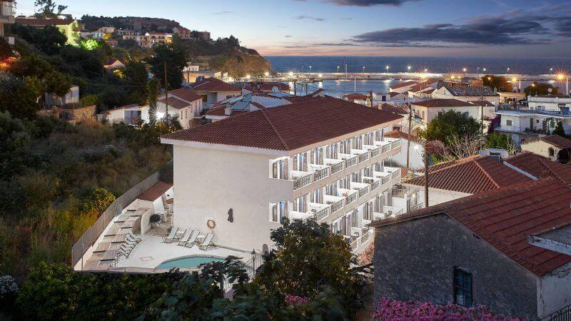 Отель в Икарии