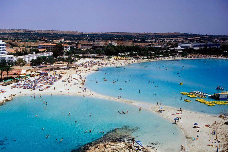 Пляж Насси