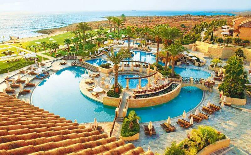 Отель на курорте Пафос