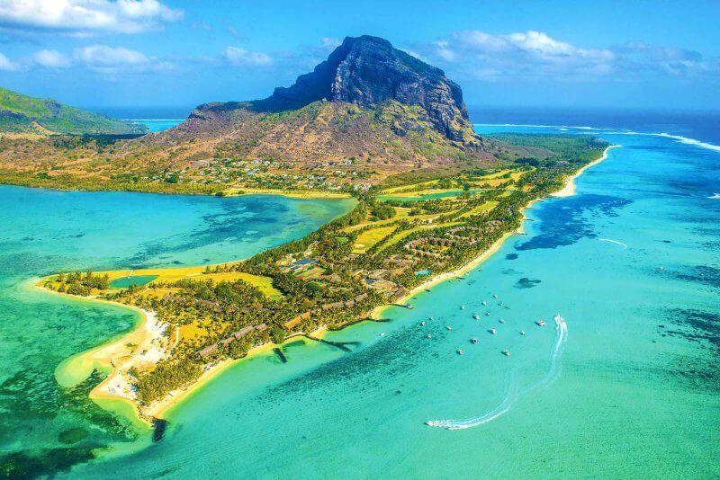 Вид на Маврикий с воздуха