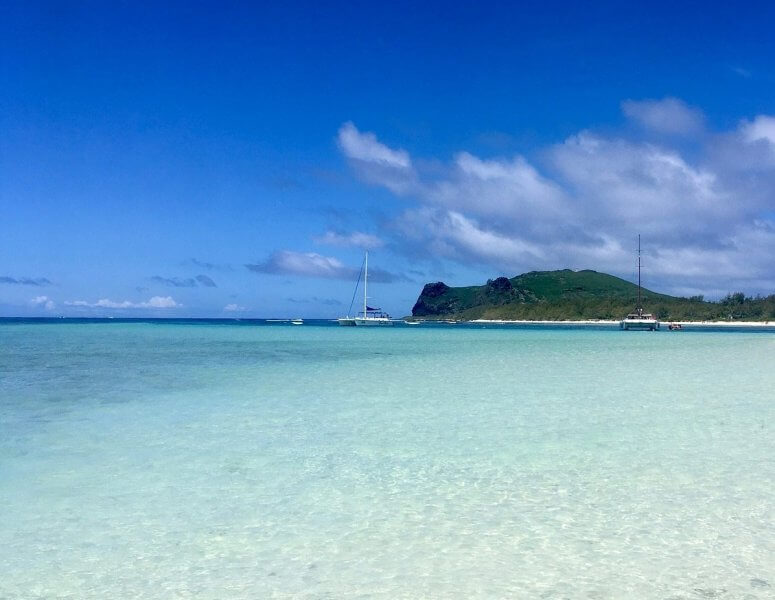 Голубая вода на острове Габриєль